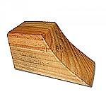 Holzkeil zur Wegrollsicherung